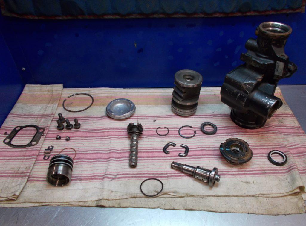Ремонт рулевого редуктора автомобиля Hammer H2